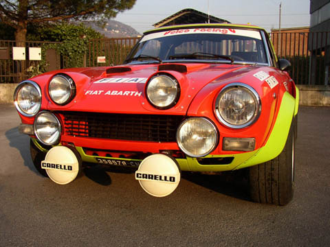 http://www.fiat124abarth.it/images/gallery1/fiat_124_abarth_1_640.jpg